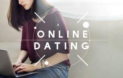 Concept en ligne assorti en ligne de relation de datation en ligne Photos libres de droits