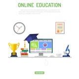 Concept en ligne d'éducation Photos libres de droits