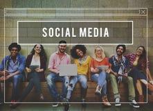 Concept en ligne d'Internet de media de Web social de réseau Image libre de droits