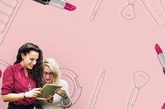 Concept en ligne de achat d'achats en ligne de commerce électronique de Shopaholics Photographie stock