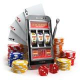 Concept en ligne de casino Téléphone portable, machine à sous, matrices et carte Images stock