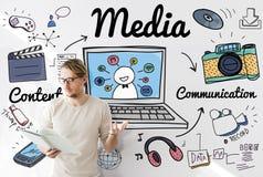 Concept en ligne de media social de multimédia de media images libres de droits