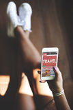 Concept en ligne de site Web d'article de voyage de bulletin d'information images stock
