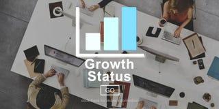 Concept en ligne de site Web de technologie de statut de croissance photographie stock