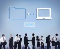 Concept en ligne de technologie de l'information de synchronisation de transfert des données de stockage images libres de droits