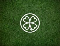 Concept environnemental d'inspiration de feuille verte de trèfle Photographie stock