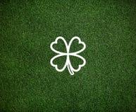 Concept environnemental d'inspiration de feuille verte de trèfle Photos stock