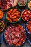 Concept espagnol typique de tapas, style rustique, vue supérieure Photos libres de droits
