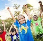 Concept espiègle d'enfant d'amis d'amitié d'enfants Images stock