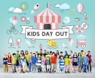 Concept espiègle de la jeunesse énergique d'enfants d'enfants Photos libres de droits