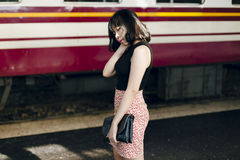 Concept femelle d'appartenance ethnique de jolie fille mignonne asiatique de style jeune photos stock