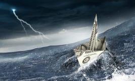 Concept financiële crisi Gemengde media Royalty-vrije Stock Afbeeldingen