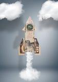 Concept financier de démarrage d'affaires, fusée faite d'argent Images stock