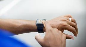 Concept futé de soins de santé de technologie de montre d'exercice Images libres de droits