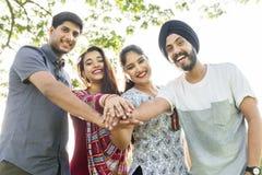 Concept gai occasionnel de la Communauté indienne d'appartenance ethnique Images stock