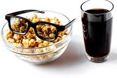 Concept het letten van op films met popcorn witte achtergrond Royalty-vrije Stock Foto's
