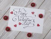 Concept heureux de jour du ` s de Valentine avec des coeurs de praline et de glitteresd Images libres de droits