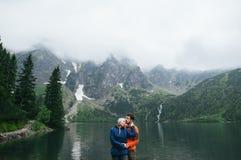 Concept heureux de mode de vie d'émotions d'amour et de voyage Photographie stock