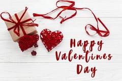 Concept heureux de signe des textes de jour de valentines présent élégant BO de métier Photographie stock libre de droits