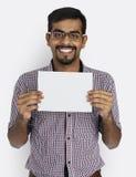 Concept indien de positif de pousse de studio de blanc d'appartenance ethnique image stock