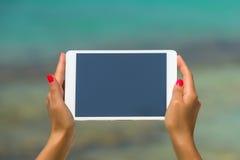 Concept Internet en mededeling lege lege tablet comput Royalty-vrije Stock Foto's