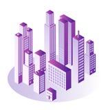 Concept isométrique de ville avec le bureau d'étage ou les immeubles multi dans la couleur de violette de gradient Photo libre de droits