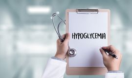 Concept médical de diagnostic imprimé par hypoglycémie photos stock