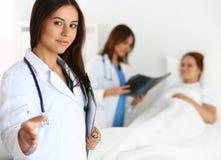Concept médical de traitement et de publicité d'essais Images stock
