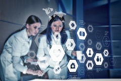Concept médical moderne de technologies Media mélangé Image stock