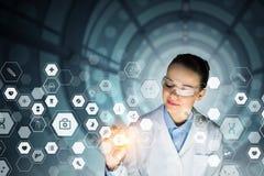 Concept médical moderne de technologies Media mélangé Photos stock