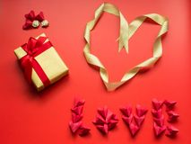 Concept minimal de configuration plate pour le jour du ` s de valentine et le nouveau voix pour chinois Image stock