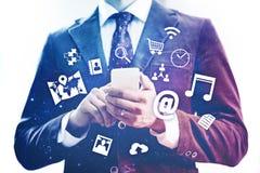 Concept mobile de dispositif de réseau Photos libres de droits