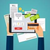 Concept mobile de paiement Téléphone fixant sur le tas de facture vec plat illustration libre de droits