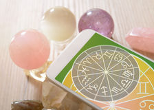 Concept moderne d'astrologie avec le mobile image stock