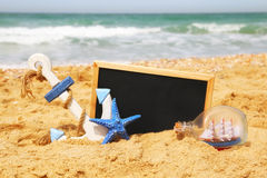 Concept nautique de style de vie avec le tableau noir vide Image libre de droits