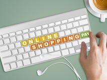 Concept online het winkelen Woorden op toetsenbordknoop Royalty-vrije Stock Afbeelding