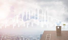 Concept onroerende goederen en bouw met getrokken silhouet op grote stadsachtergrond Stock Afbeeldingen