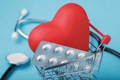 Concept op de aanwinst van drugs voor hart royalty-vrije stock afbeelding