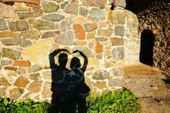 Concept ou silhou humain conceptuel de mains d'homme et de femme de Valentine Images libres de droits
