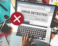 Concept peu sûr d'entaille détecté par virus sans garantie images libres de droits