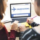 Concept plat de déplacement de vol de réservation en ligne Photo stock