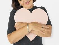 Concept Romance de sourire de portrait de coeur d'amour de bonheur de femme Photo stock