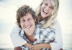Concept Romance de vacances de fuite de liaison de plage de couples Images stock