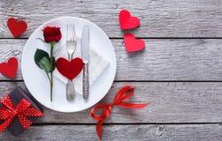 Concept romantique de dîner Fond de Saint Valentin ou de proposition Image libre de droits