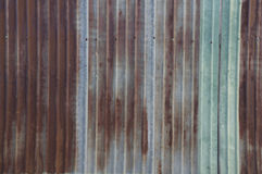 Concept rustique de maison de maison de mur de rouille de feuillard Images libres de droits
