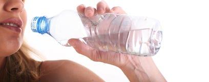 Concept sain de style de vie - eau potable Image libre de droits