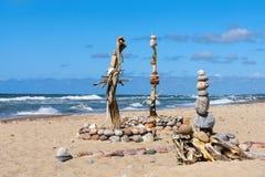 Concept saldo en harmonie De zomerrots Zen Royalty-vrije Stock Afbeelding