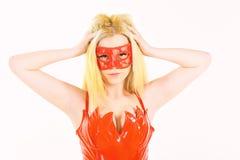 Concept sexy de diable Femme sur le jeu mystérieux de rôle de jeu de visage Sexi de Madame habillé comme jeu de démon avec des ch images libres de droits