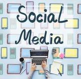 Concept social de communication de connexion de mondialisation de media images stock