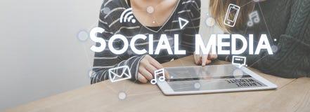 Concept social de graphiques de connexion de media Image libre de droits